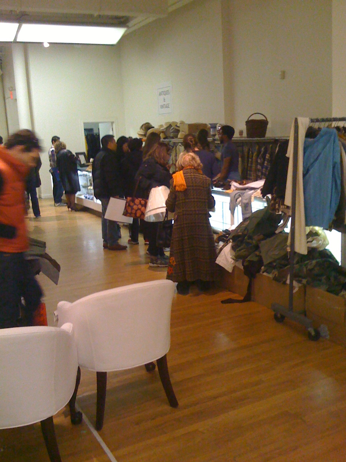 In The Trenches: Ralph Lauren Home Sample Sale | Quite Continental